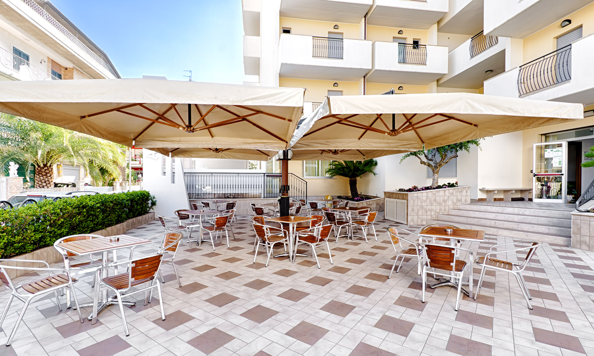 Hotel Alba Adriatica in Abruzzo, Hotel ad Alba Adriatica con piscina ...